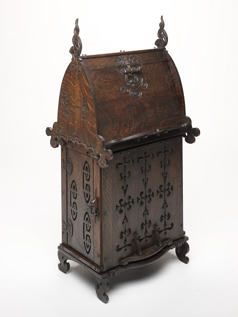 Desk (Model #500), Charles Rohlfs, Charles Rohlfs Workshop, c. 1899-1901, white oak with iron hardware, Dallas Museum of Art, anonymous gift