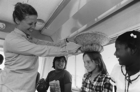 Go_Van_Go_1979_Outreach_002