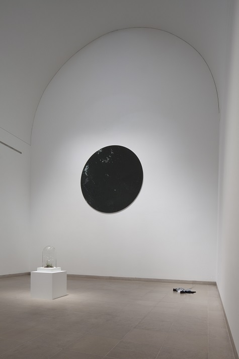 Jim Hodges, Untitled, 2011, mirror on canvas, Penny Pritzker and Bryan Traubert