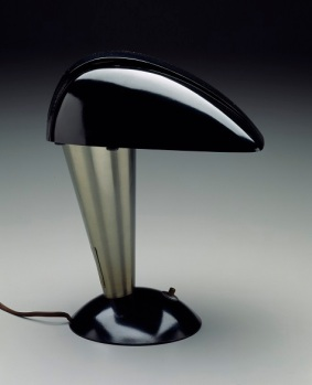 """Executive"" Desk Lamp (model no. 114), Designer Walter; Dorwin Teague, Manufacturer; Polaroid Corporation, designed 1939, bakelite and aluminum, Dallas Museum of Art, gift of David T. Owsley via the Alvin and Lucy Owsley Foundation"