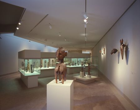 African gallery at the Dallas Museum of Art in 1989.