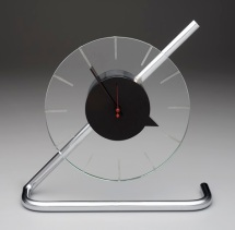 Gilbert Rohde, Herman Miller Clock Company, Inc., Z-clock, 1933, Dallas Museum of Art, anonymous gift, Image courtesy Dallas Museum of Art, 2006.19