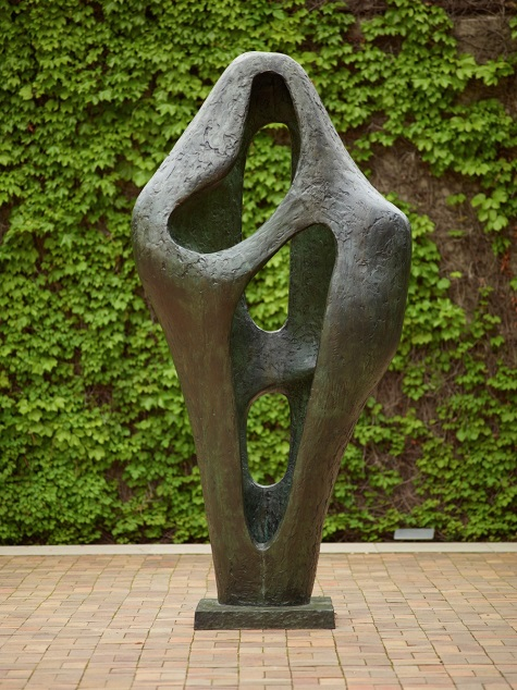 Barbara Hepworth, Figure for Landscape, 1960, Bronze, Dallas Museum of Art, gift of the Meadows Foundation, Inc., 1983.154 © Alan Bowness, Estate of Barbara Hepworth