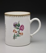 Compagnie Des Indes, Cylinder Beer Mug with Coat of Arms, 18th Century, porcelain. Dallas Museum of Art, The Wendy and Emery Reves Collection, 1985.R.923