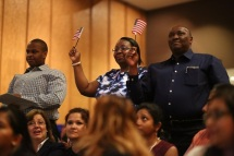 DMA Naturalization Ceremony 2016 (2)_Courtesy of Dallas Museum of Art
