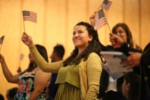 DMA Naturalization Ceremony 2016 (3)_Courtesy of Dallas Museum of Art
