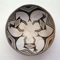 Classic Mimbres Black-on-white bowl: three pronghorn, Mogollon Mimbres, 1000–1150, ceramic, slip, and paint, Dallas Museum of Art, Foundation for the Arts Collection, anonymous gift. 1991.348.FA