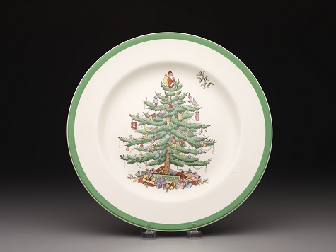 """Regimental Oak"" shape dinner plate with ""Christmas Tree"" pattern"
